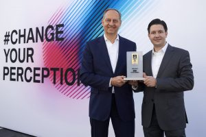 Connected Car Pionier Award für die BMW Group